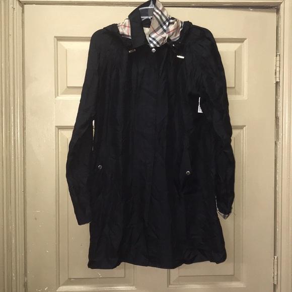 Burberry lightweight coat